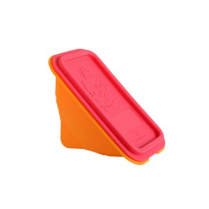 Marcus and Marcus collapsible silicone sandwich wedge