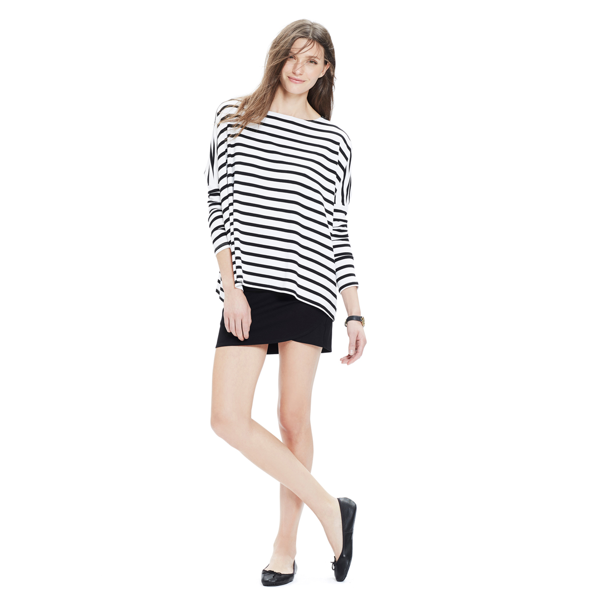d9b54b1855a8e ... Tee can be paired with shorts, jeans, leggings or a dress, making it  not only comfortable – but one of your go-to items for day to day pregnancy  style.
