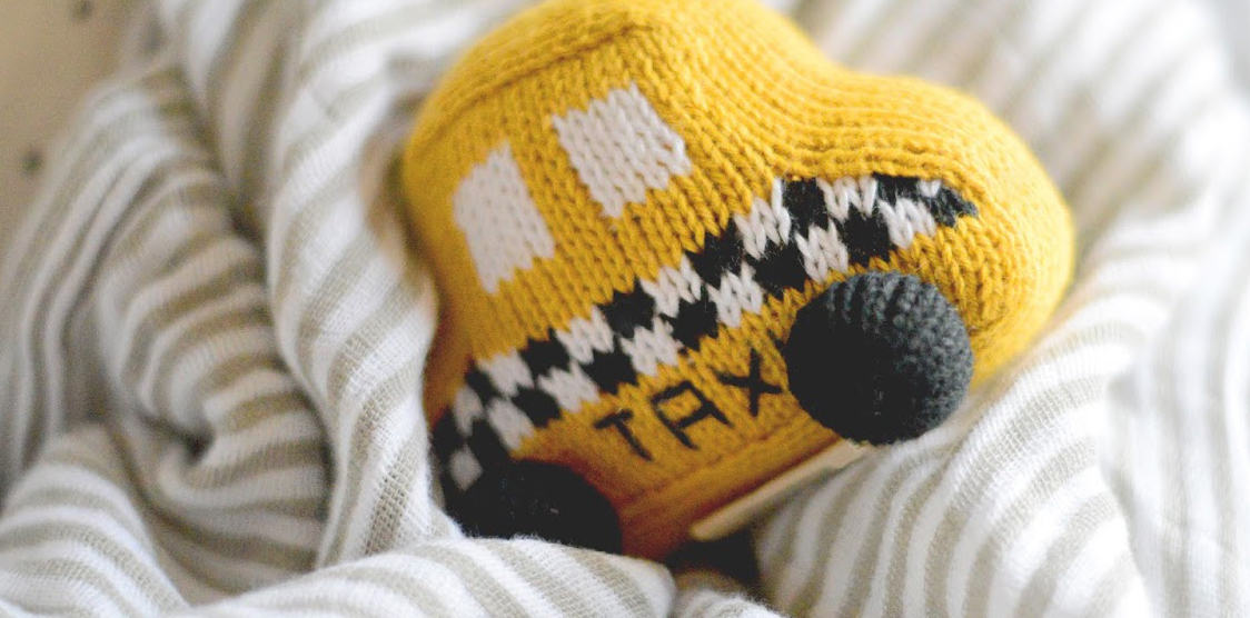 crochet NYC taxi toy