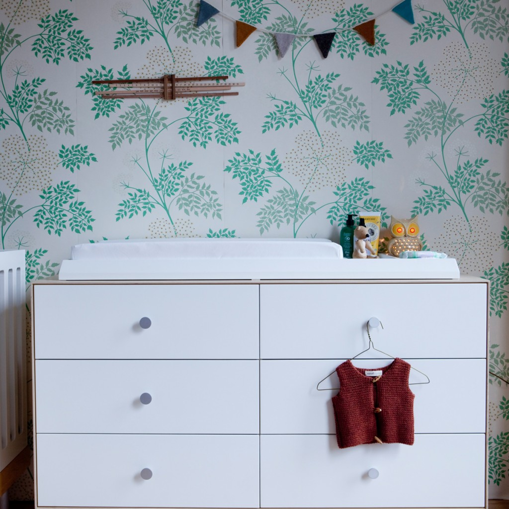 A baby nursery with the Oeuf Sparrow Dresser and XL Changing Station