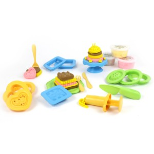 Green Toys Dough Maker Cake Set