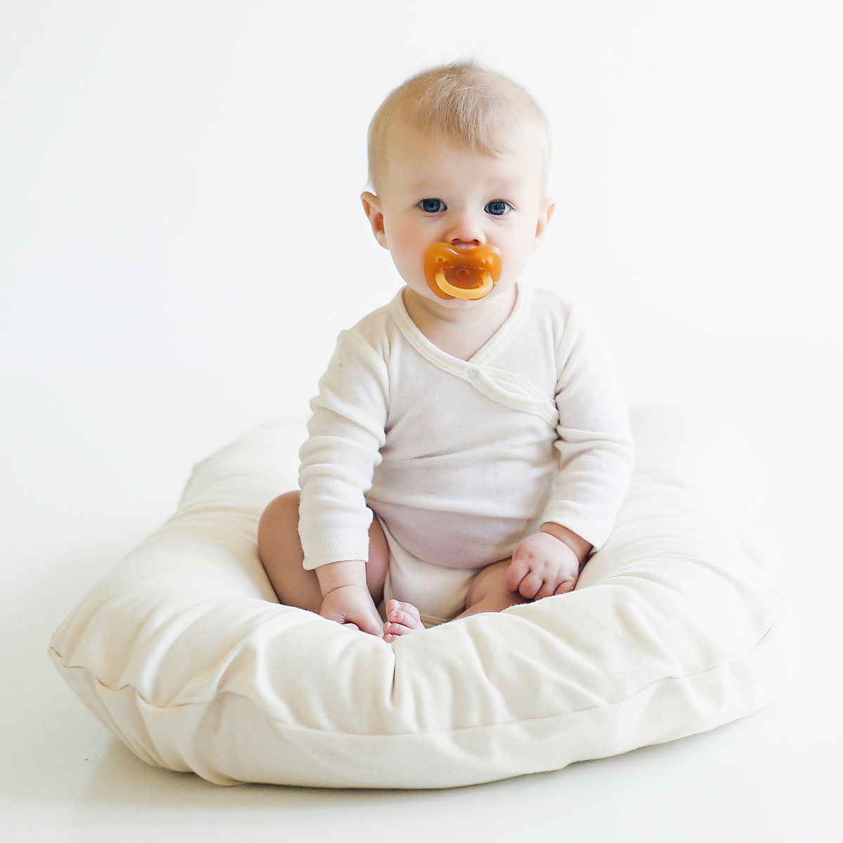 Snuggle Me Organic Baby Lounger Amp Co Sleeper The Tot