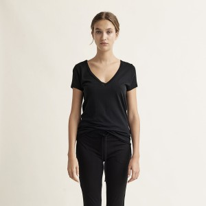 Skin V Neck Easy Tee in Black