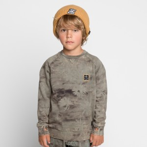 Munster Kids Sweatshirt in Camo Palm Beach Olive on boy