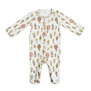 Atelier Choux Pajamas in White with Hot Air Balloons