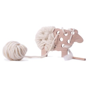 Les Jouets Libres Woody Mouton Wooden Sheep sewing kit in Ecru