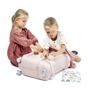 Stokke Bed Box in Light Pink with girls
