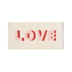 Rug w/ the word Love