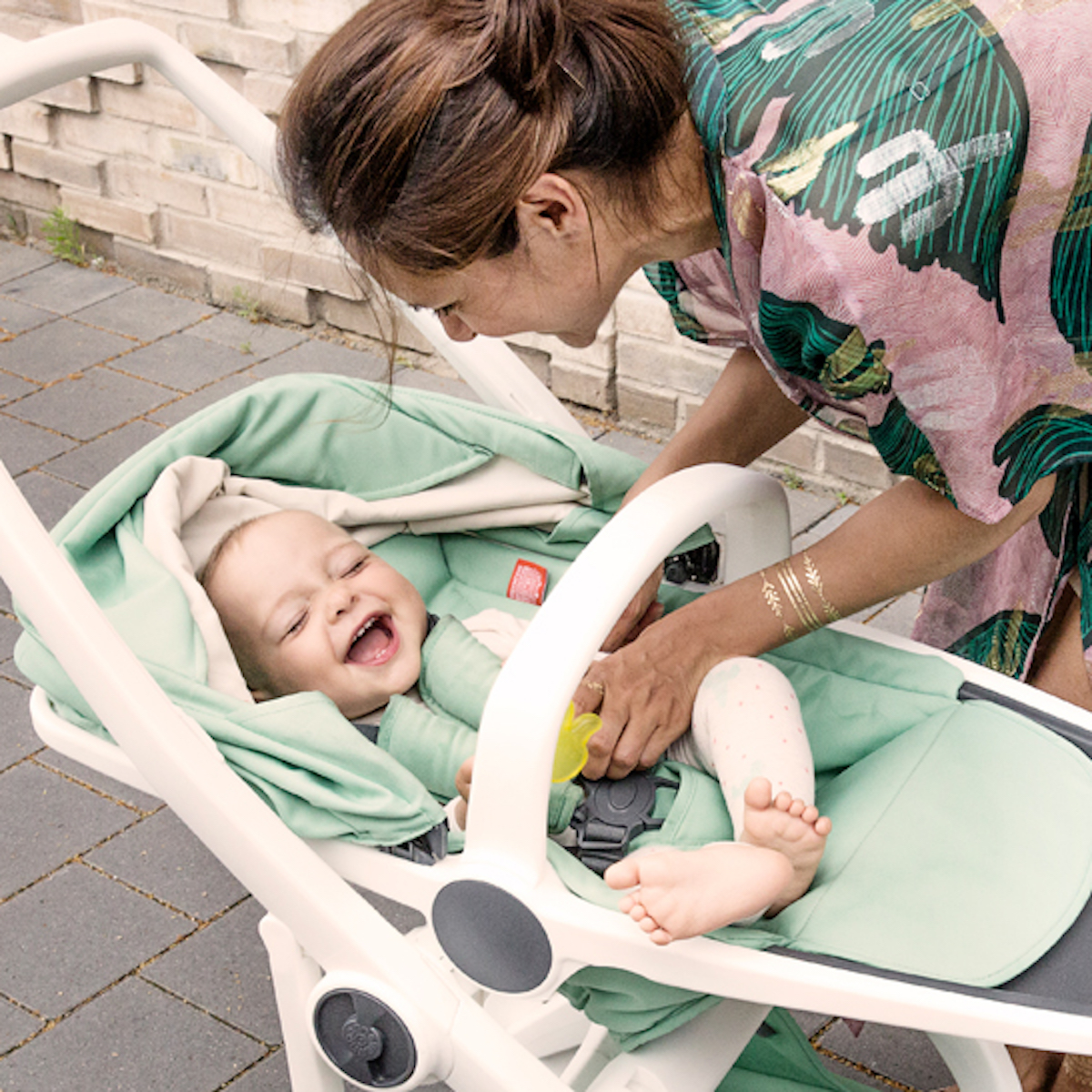 GreenTom Sustainable and Recyclable Stroller