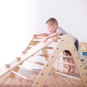 Sprout Climbing Triangle with Ramp