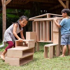 Guidecraft Outdoor Hollow Blocks