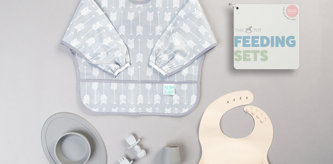 A flat lay image of the tote feeding set: baby-led weaning
