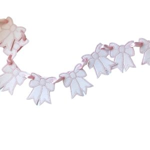 Storybook Goods Dancing Bow Garland