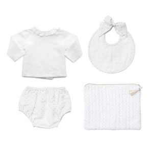 Louelle 4 Piece Newborn Gift Set