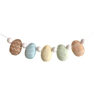 Sweet Felt Dreams Farmhouse Easter Egg Garland