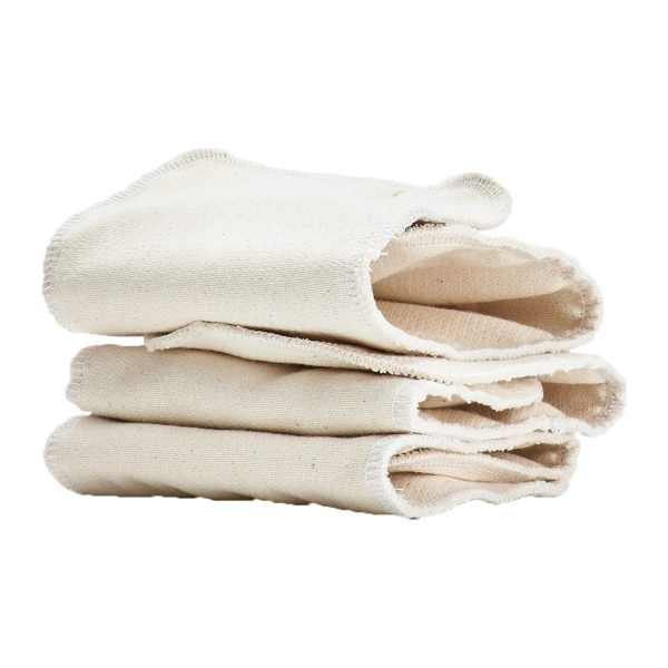 healthynestClothDiaperTrialWithMerinoWoolOutercover4