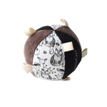 Wee Gallery Organic Sensory Taggy Ball with Rattle – Woodland